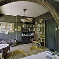 Interieur, bibliotheek met plafondlamp - Groningen - 20374223 - RCE.jpg