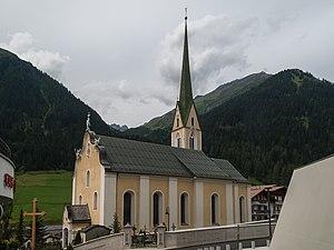 Ischgl - Image: Ischgl, katholische Pfarrkirche heilige Nikolaus Dm 64328 foto 4 2014 07 23 15.00