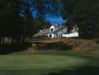 JAMES BAIRD STATE PARK GOLF COURSE, HOLE -18 AND CLUBHOUSE, VIEW N. - Taconic State Parkway, Poughkeepsie, Dutchess County, NY HAER NY,14-POKEP.V,1-122 (CT).tif