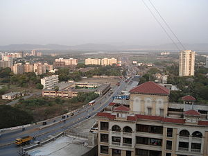 Jogeshwari–Vikhroli Link Road - The JVLR as seen from the Suncity housing complex in Gandhi Nagar.