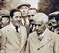 Jacques Goddet (G.) et Henri Desgrange (D.) en juillet 1933.jpg