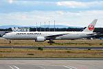 Japan Airlines, JA740J, Boeing 777-346 ER (20327757086).jpg