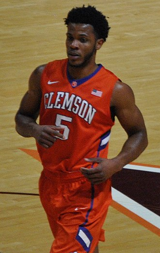 Jaron Blossomgame - Blossomgame with Clemson in 2016