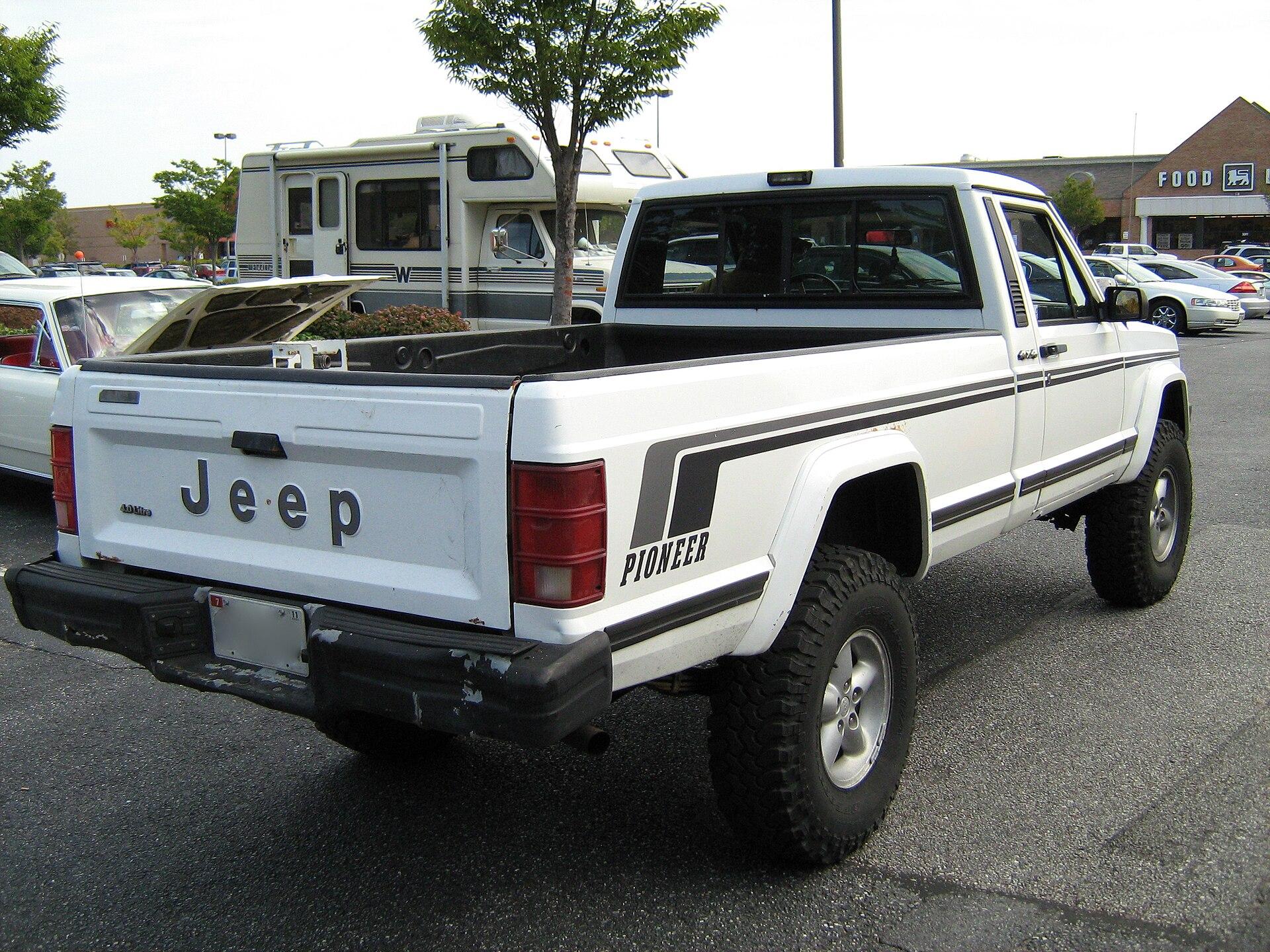 Px Jeep Comanche Pioneer White Md R on 2003 Dodge Dakota 4 7