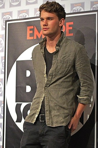 Jeremy Irvine - Irvine in August 2011