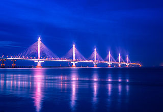 Jiaxing-Shaoxing Sea Bridge long multi-span cable-stayed bridge, sustained by six consecutive harps of stays on six pylons, completed 2013 across Qiantang River estuary at Shaoxing, Zhejiang, China