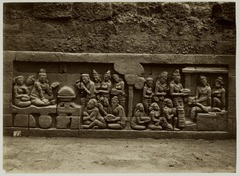 KITLV 28048 - Kassian Céphas - Relief of the hidden base of Borobudur - 1890-1891.tif