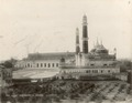 KITLV 377958 - Clifton and Co. - Imambara mosque in Lucknow in India - Around 1890.tif