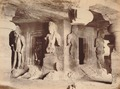 KITLV 92158 - Unknown - Temple in a cave at Elephanta in India - Around 1875.tif
