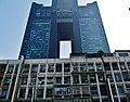 Kaohsiung Tuntex Sky Tower & Wohnblock.jpg