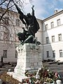 Kapisztrán Szent János szobra (Damkó József), Kapisztrán tér, 2011-ben. - panoramio (1).jpg