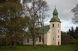 Karksi kirik, 2014.jpg