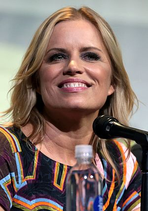 Kim Dickens - Dickens at the 2016 San Diego Comic Con International.
