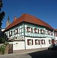 Kirche und Wirtshaus an der Hördter Straße - panoramio.jpg