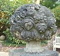 Knoops Park, Skulptur im Rosarium FHB0479.jpg