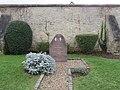 L1438 - Monuments aux anciens combattants AFN de Flins-sur-Seine.jpg