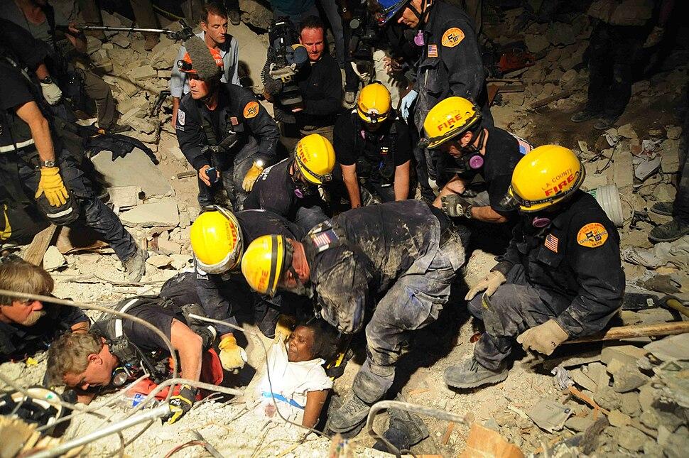 LA County SAR pulls Haitian woman from earthquake debris 2010-01-17