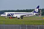 LOT, SP-LIA, Embraer ERJ-175STD.jpg