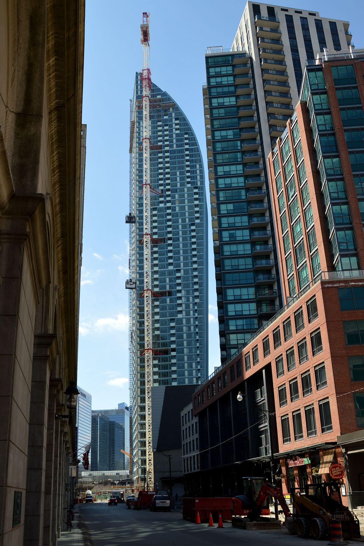 L Tower - Wikipedia