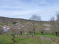 La Calzada de Bejar desde el fortín romano.jpg