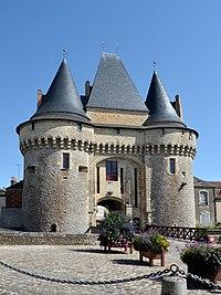 La Ferte Bernard - Porte St Julien 03.jpg