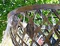 La fontaine de Meckenheim dédiée au jumelage avec Lugny (détail).JPG