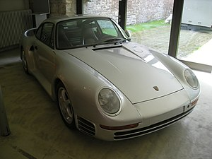 Langenburg Jul 2012 31 (Deutsches Automuseum - 1987 Porsche 959).jpg