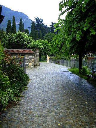 Lierna - Image: Lierna lakeshore, Lake Como, Italy
