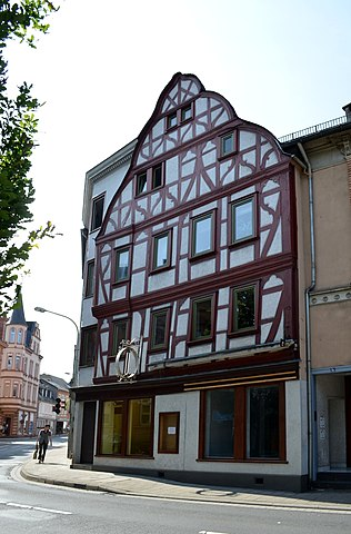 316px-Limburg%2C_Frankfurter_Stra%C3%9Fe_4a-6.JPG