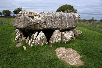 Moelfre, Anglesey - Image: Lligwy Burial Chamber geograph.org.uk 1514504