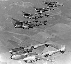 P–38L gépek kötelékben