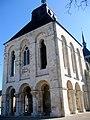 Loiret Saint-Benoit-sur-Loire Basilique 06042010 - panoramio.jpg