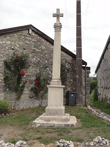 Longeaux (Meuse) croix de chemin
