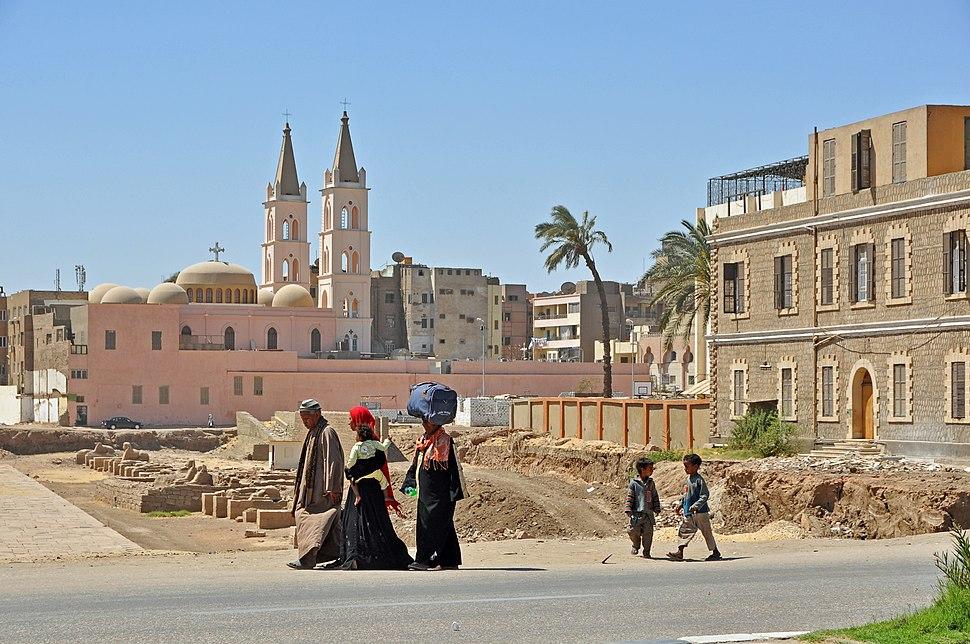 Luxor R07