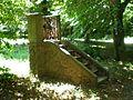 Máriakálnok-Szószék a kápolna mellett.JPG