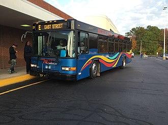 Middletown Area Transit - Image: MAT Gillig 2221