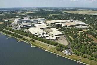 Merkur Spiel-Arena - Aerial view of Messe Düsseldorf in District 5, showing the Esprit Arena (then named LTU Arena) on the far left