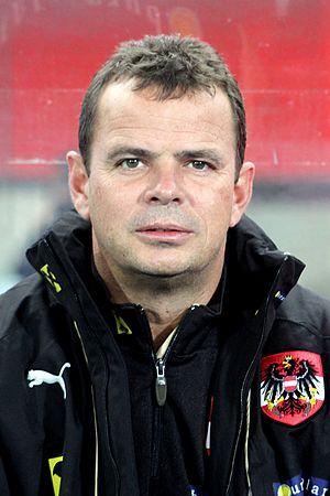 Manfred Zsak - Image: Manfred Zsak, Österreichische Fußballnationalmanns chaft (01)