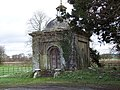 Mausoleum at Manston House - geograph.org.uk - 336160.jpg
