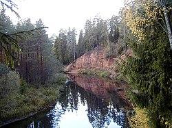 Mazsalaca, Neļķu klintis 1999-10-09.jpg