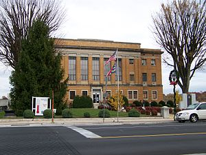 National Register of Historic Places listings in McDowell County, North Carolina - Image: Mc Dowell County Courthouse, Marion, NC