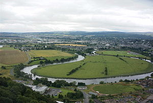 River Forth - The meandering Forth viewed from the Wallace Monument. The river flows from right to left, and the former limit of navigation was in the left distance.