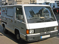 Mercedes-Benz MB 100 (1988–1992)