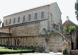 Basilica of Saint-Pierre-aux-Nonnains - The basilica and former monastic church of Saint-Pierre-aux-Nonnains