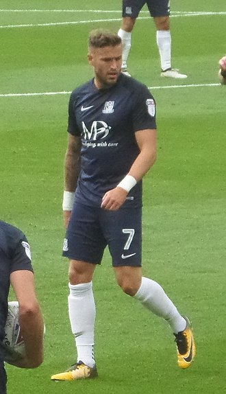 Michael Kightly - Kightly playing for Southend United in 2017.