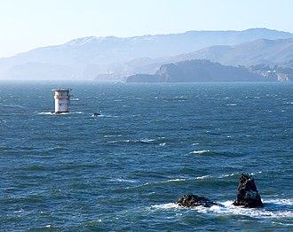 Mile Rocks Lighthouse - Image: Mile Rocks Lighthouse crop