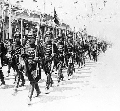 Military parade in Tehran on the occasion of the coronation of Reza Shah, 1926 Militaryparadetehran.jpg