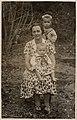 Miller's wife and her children, Skryjský mill, 1930, 16scan014.jpg