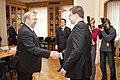 Ministru prezidents Valdis Dombrovskis tiekas ar Igaunijas aizsardzības ministru Martu Lāru (6770104777).jpg