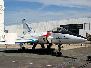 Dassault Mirage 4000 - Mirage 4000 prototype displayed at the Musée de l'Air et de l'Espace at Le Bourget, France